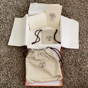 Hermès Belt gift box with two dust bags